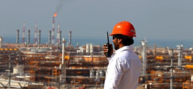 Иран пообещал нарастить добычу нефти в полтора раза